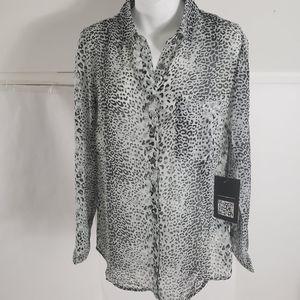 Love stitch leopard blouse